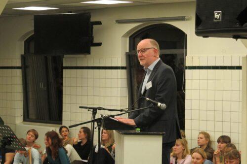Intet fællesarrangement uden en rektortale af Troels Vang Andersen. Det er både rektors ret og pligt at fortælle om CG