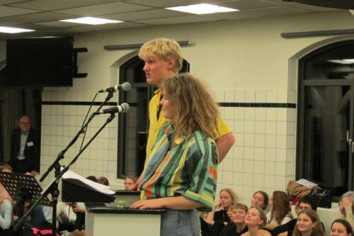 Elevtale: Laurids (1n) og Marilena (1j) er begge så nye CGere, at de nemt kan huske og tale om det at starte på gymnasiet - og CG