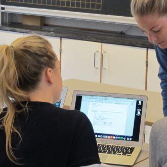 CG-elever i en undervisningssituation