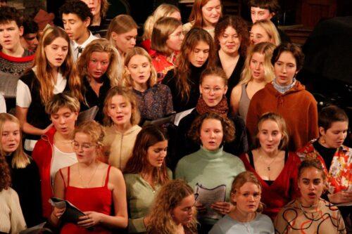 Julekoncert - koret rammer tonen