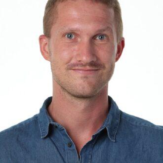 Simon Bredal Juul (bj)